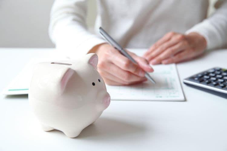 30代と50代と比べた時の40代の貯金額差はどのくらい?
