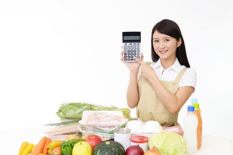 大学生と社会人で比較!一人暮らしにかかる食費の平均