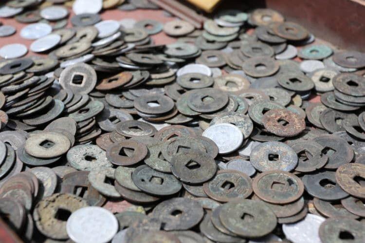 貨幣の流通を促進