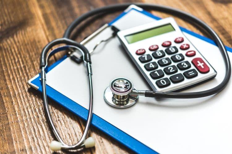 「高額療養費」と「医療費控除」の違いは?