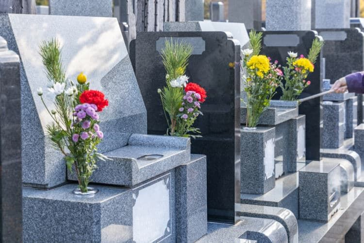 墓石購入の費用の平均は約160万円