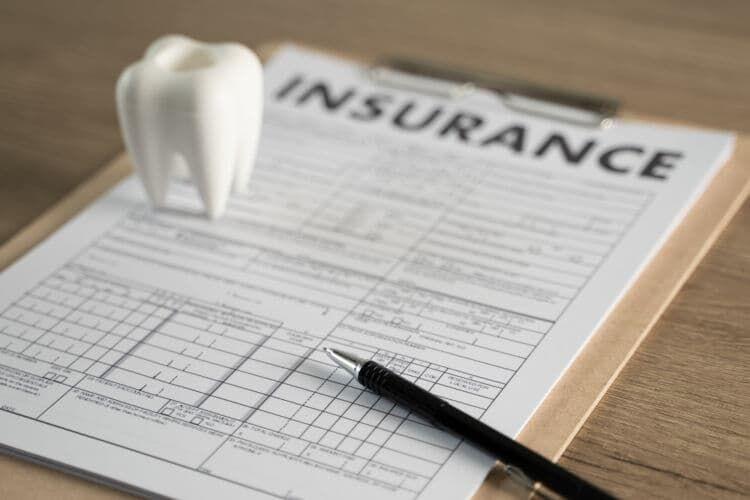 健康保険の任意継続とは?