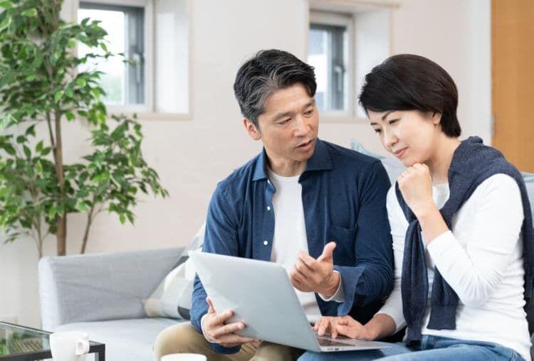 年代があがるほど夫婦二人世帯の金融資産額が増えていく