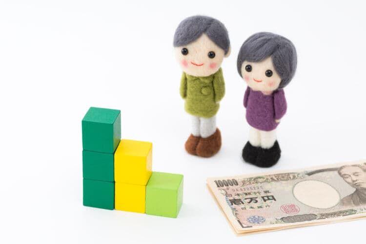 国民年金の平均は約5万6,000円