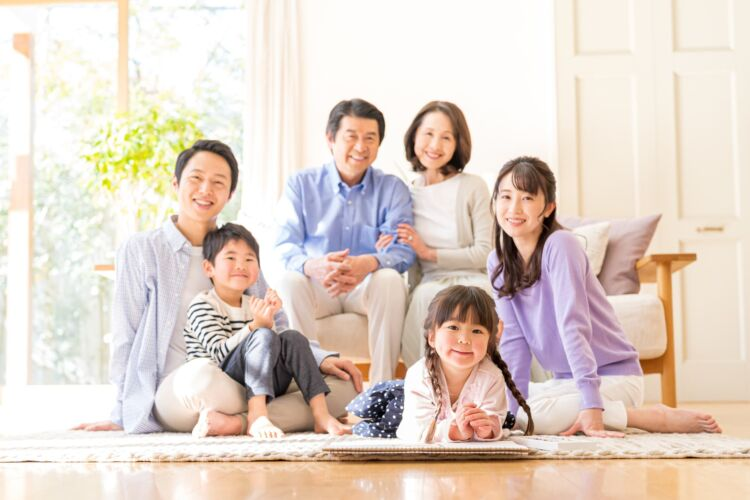年齢/ライフプラン別!貯金と投資のバランスの考え方