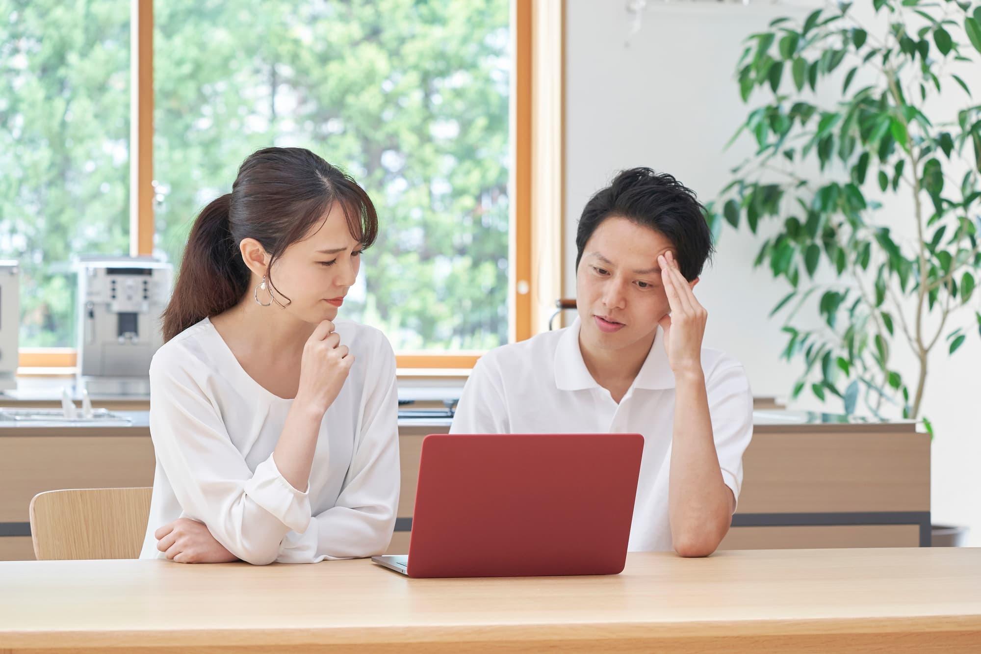 失業保険と扶養のどっちがお得?退職前に知っておくべき給付金と扶養の関係